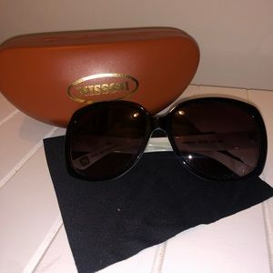 Missoni Sunglasses w Case and Dust cloth